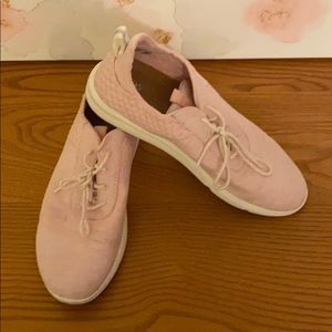 Tom's Pink fabric sneakers size 9